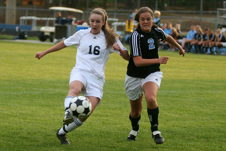 Midlothian High School junior Gracie Tubbs (16) and Cosby